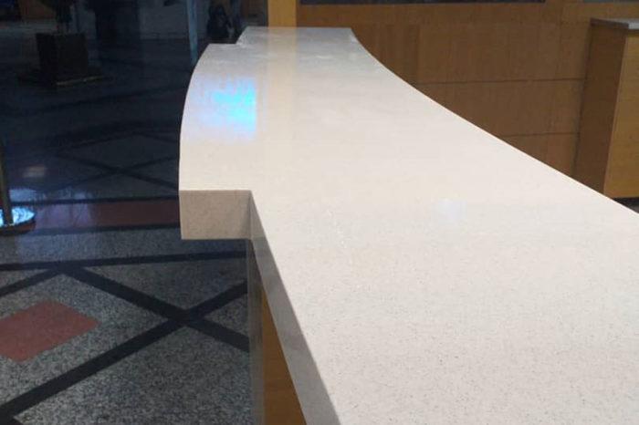 صفحه روی میز کانتر